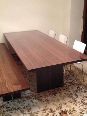 アルフレックスのテーブルにマット