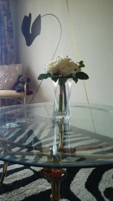 ガラステーブルに透明マット