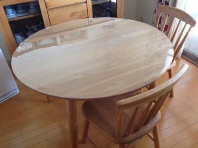 オイル仕上げテーブルの輪染み対策