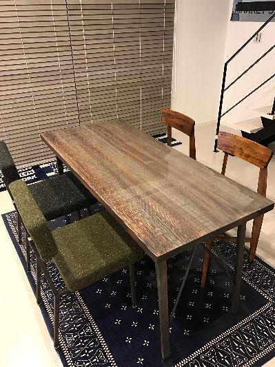 テーブルマットを敷くか敷かないか部屋の雰囲気がわかる写真7枚