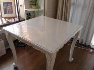 正方形のテーブルクロス