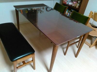 カリモク60のダイニングテーブル