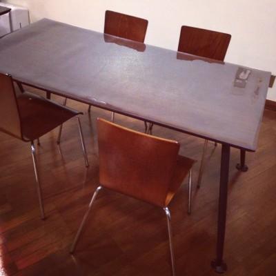 オフィステーブルのマット