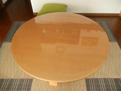 120cmの丸テーブル