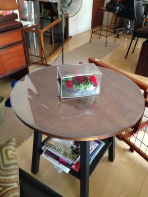 円形テーブルのマット