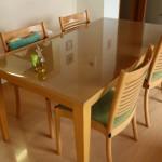 大塚家具のテーブルにマット