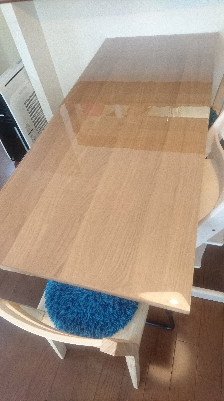 無印良品オーク材テーブル160cmにマット