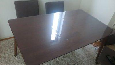 大きい丸角テーブル