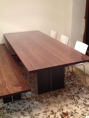アルフレックスのダイニングテーブル(透明マット)