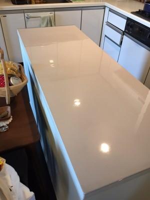 調理台に透明ビニールマット