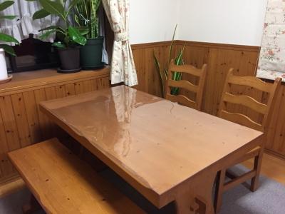 テーブル保護マットを使う家庭